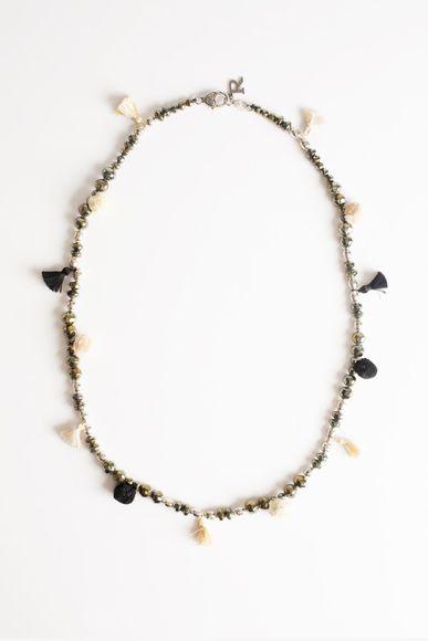 Collar-Ethnic-Large