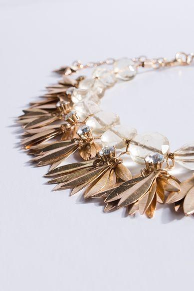 Collar-Divine