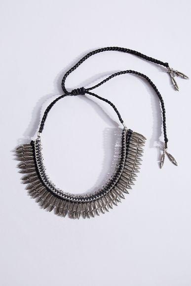 Collar-Desert