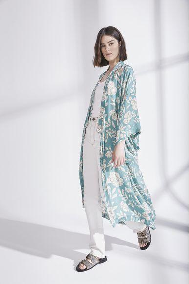 Kimono-Oriental-Flower-Dots-New-Rapsodia