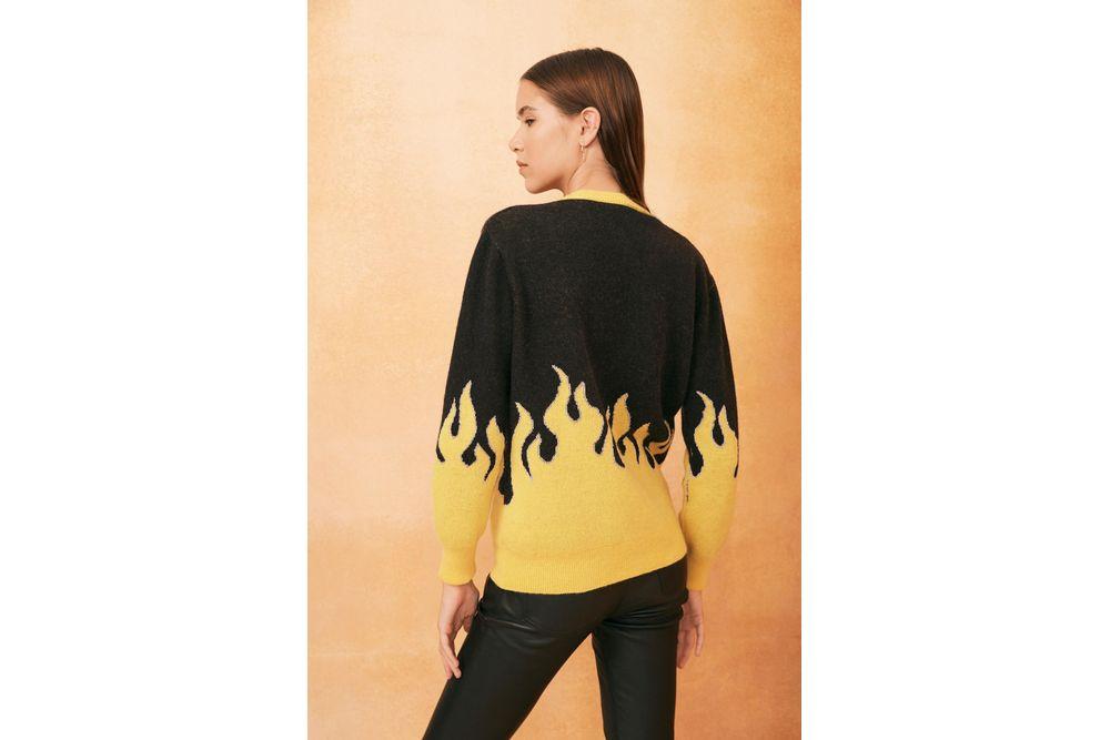 Sweater-Fire-Rapsodia